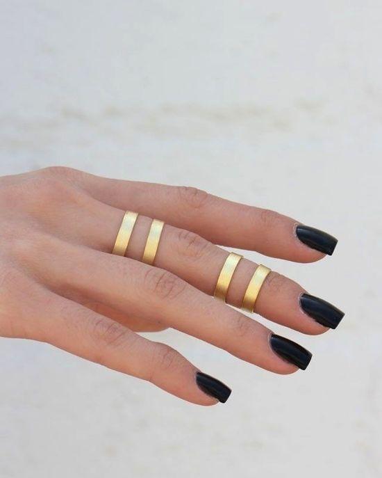 midi rings + dark nails