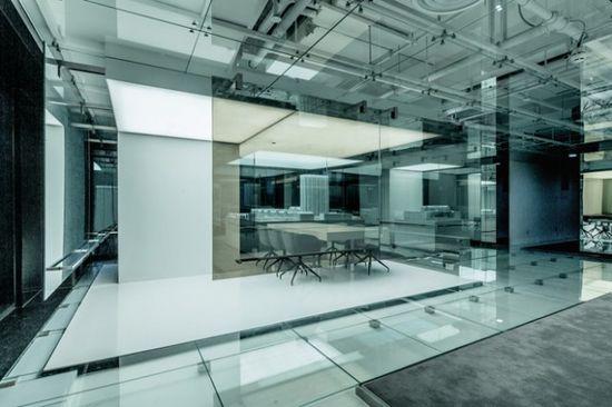 Glass Office in Shanghai – Fubiz™