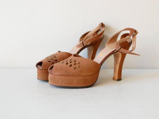 1940s Studded Peeptoe heels