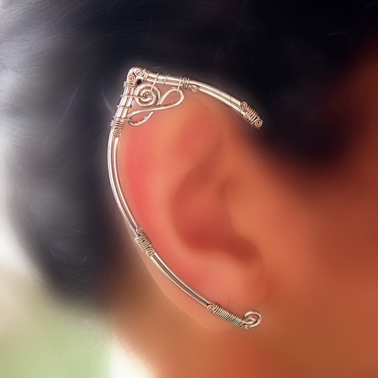 Wire Elf ear-wraps going to do this for my link this halloween! @Tessa McDaniel McDaniel McDaniel Kasikantiris