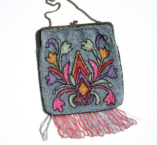 Gorgeous Art Deco beaded purse