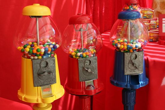 Gumballs... perfect touch at a circus birthday! #gumballmachine #circus #birthdayparty