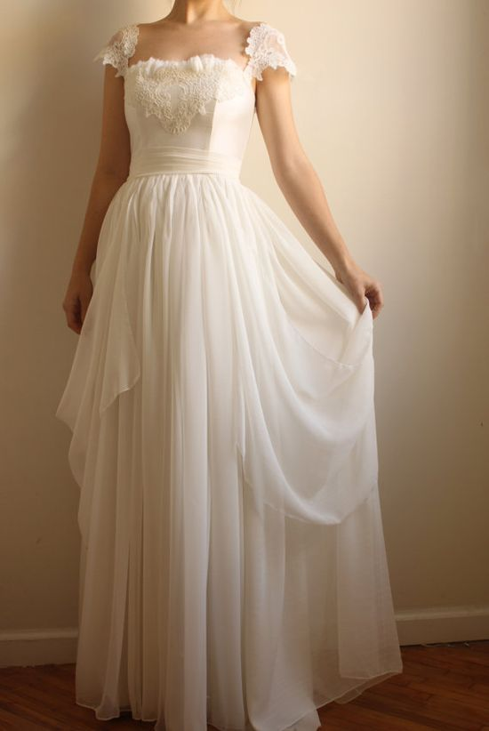 Love this wedding gown via @Etsy
