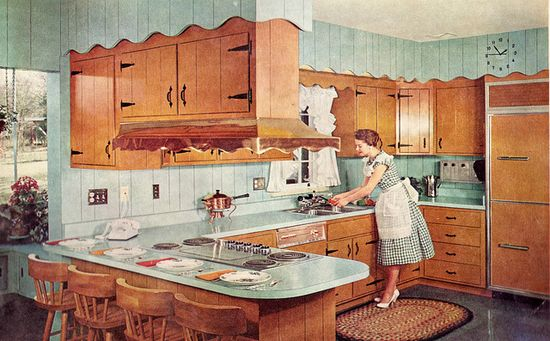 Everything about this 1950s image is so lovely. #vintage #homemaker #kitchen #1950s