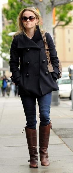 Who made Reese Witherspoon's jeans and brown boots that she wore in Beverly Hills on December 17, 2010?