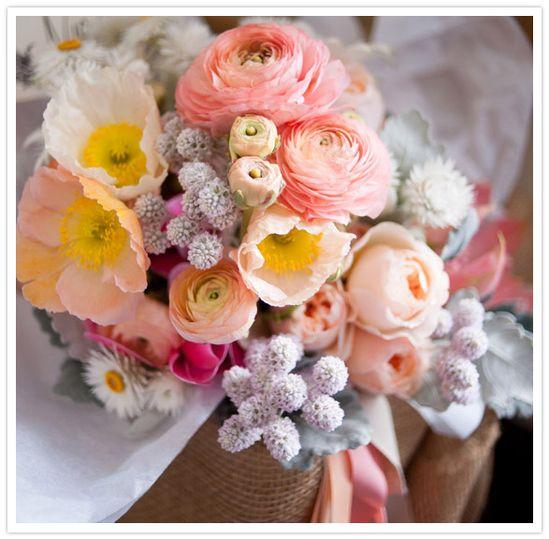 peach wedding bouquet via 100 layer cake