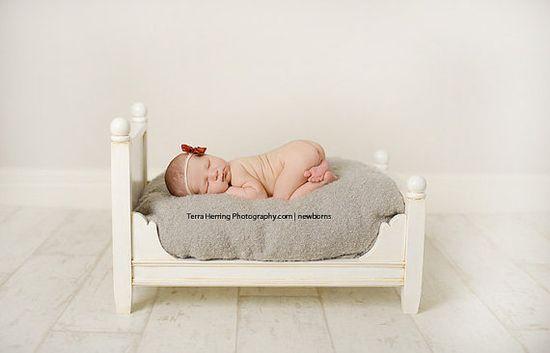 newborn baby bed.