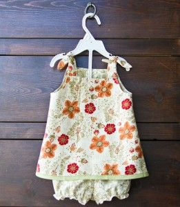 Reversible Baby Girl Dresses!! :D Look at those adorable bloomers! ;)  Hehe! ? -- a lovely baby shower gift!! :D