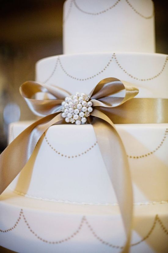 wedding cake. simple and elegant