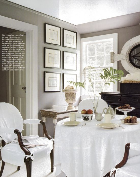 A Divine Dining Room. Interior Design: Dransfield & Ross.