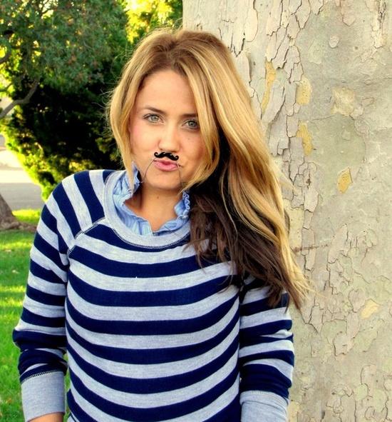 the moustache necklace $15.00 { love it }