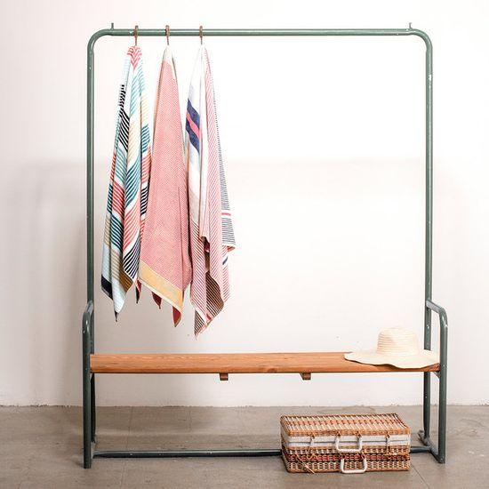 Hanger / Bench