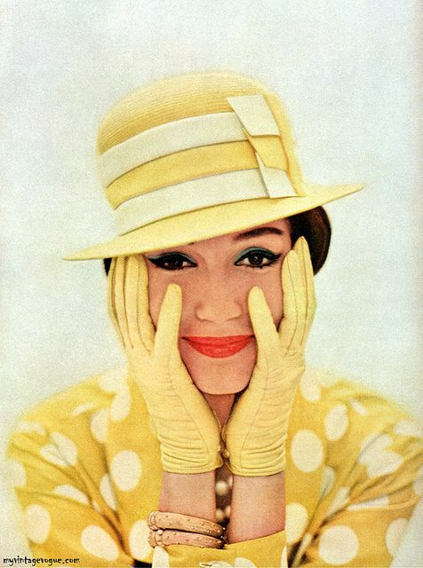 yellow vintage fashion March 1959. I would totally wear this, it's awesome!
