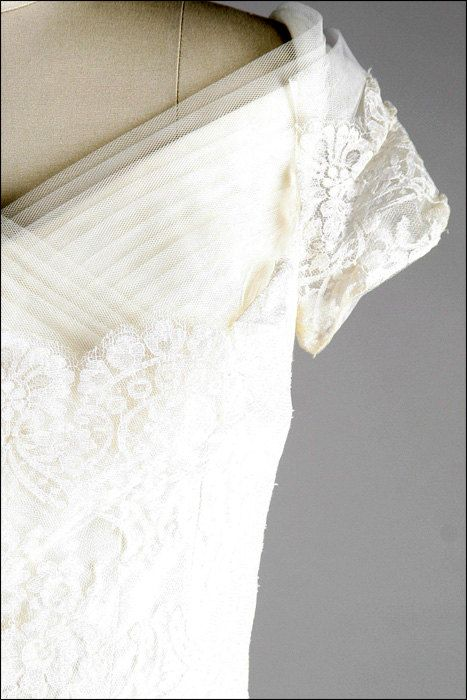 Vintage 1950s Wedding Dress  White Tulle Lace by millstreetvintage, $625.00