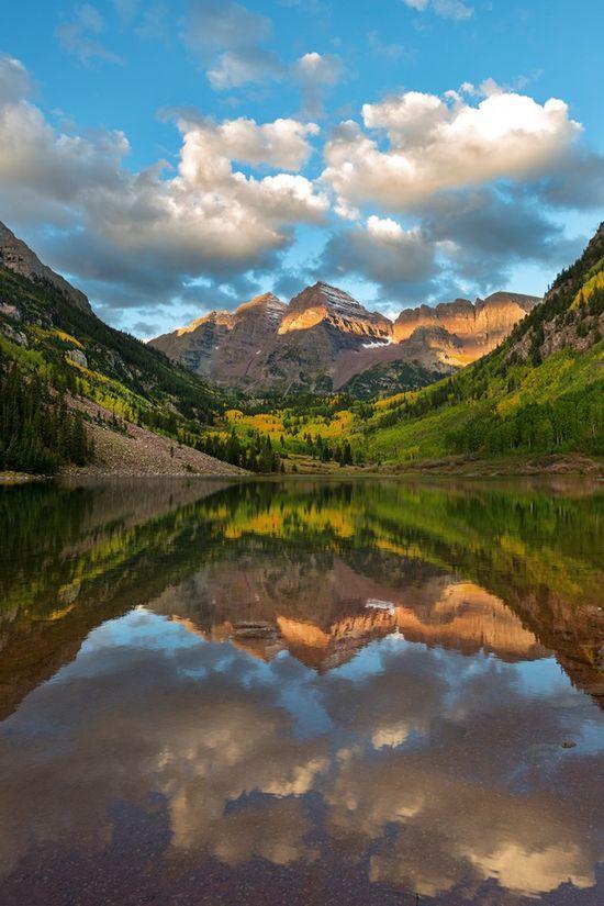 Aspen, Colorado - Maroon Bells. Travel tips when heading to Colorado. #travel #photography