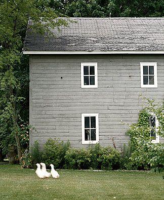 simple, pretty house