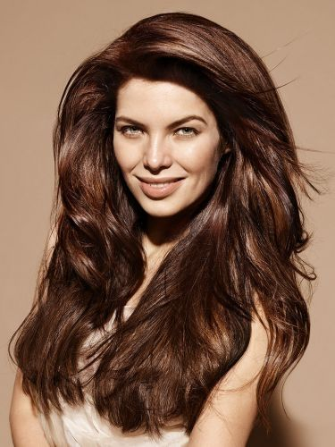 Head-Turning Long Hairstyle Ideas For Women