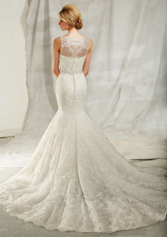 A New Take on the Sweetheart Neckline with #Wedding Dresses by Angelina Faccenda