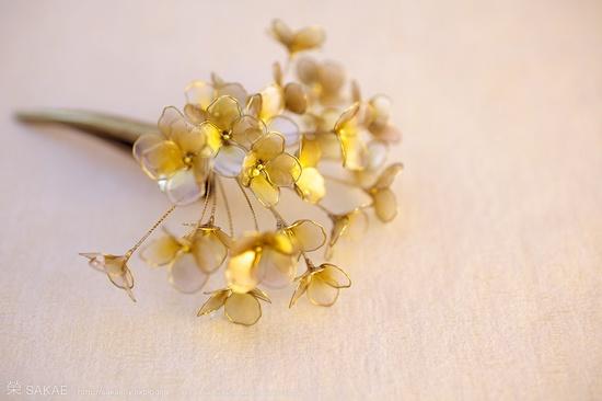???? 2011????? Japanese hair accessory -Gold Clip- by Sakae, Japan?  sakaefly.exblog.jp/ www.flickr.com/...