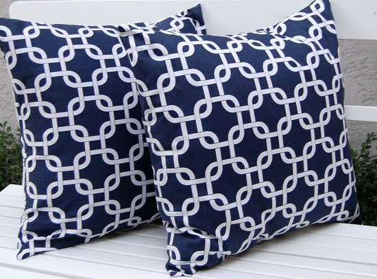 Festive Home Decor on Etsy . . . I am in love! Decorative Pillow Covers - Navy and White Chain Link.