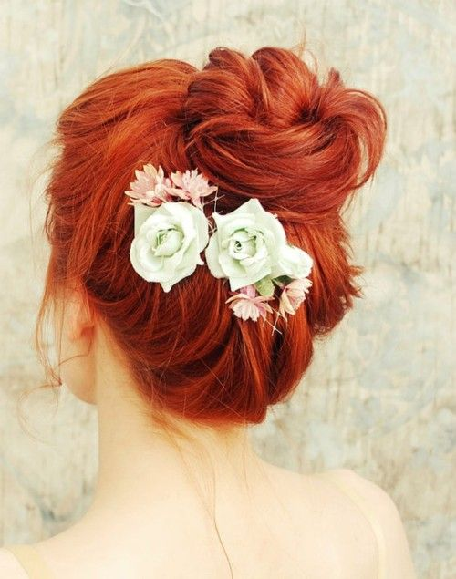 Red Hair & Flowers