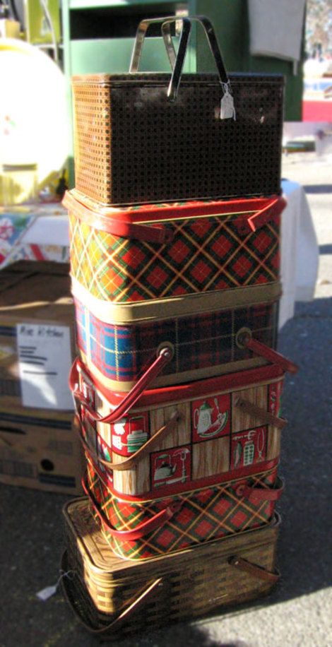 Tin picnic baskets
