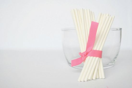 4 Lollipop Sticks 32 count  Cake Pop Sticks by Mariapalito on Etsy, $2.00