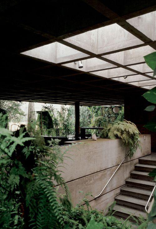 smallspacesblog:  Antonio Teofilo de Andrade Orth Residence, 1974