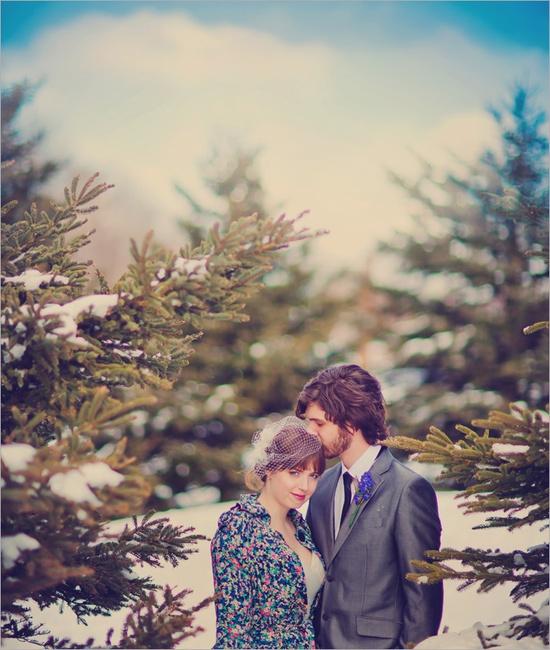 LOVE winter weddings...