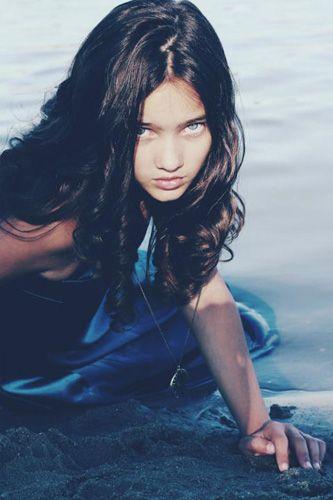 . ? ? #bohemian #boho #gypsy #fashion #model #photography #style #inspiration   Virag