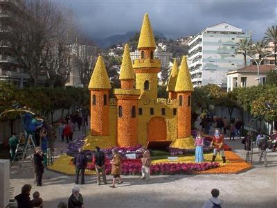 non-pink castle.