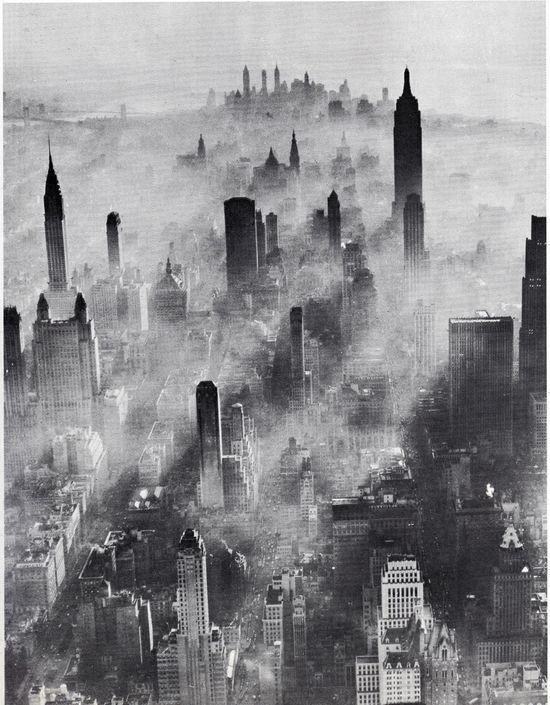 Manhattan fog,1943.