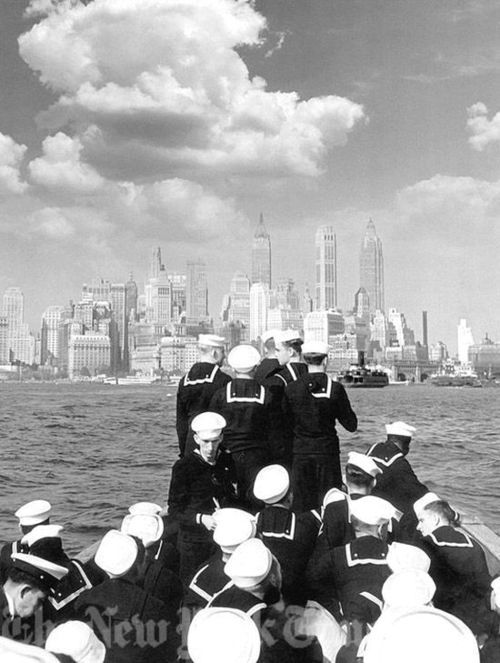 Sailors sailing to Manhattan
