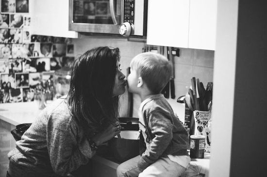 Love kid kisses!