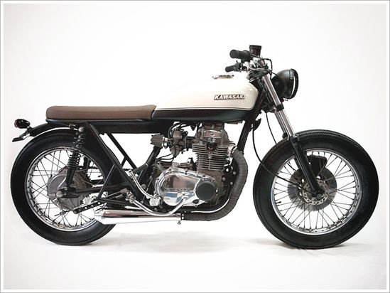 Kawasaki KZ 400 - Free Kustom Cycles - Pipeburn - Purveyors of Classic Motorcycles, Cafe Racers & Custom motorbikes