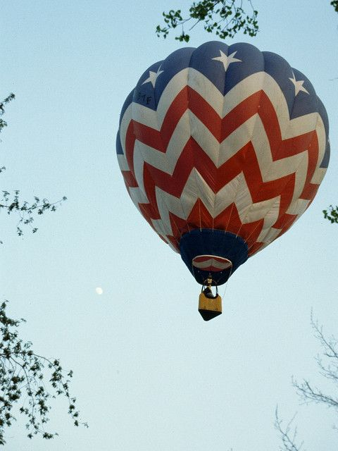 red white blue balloon