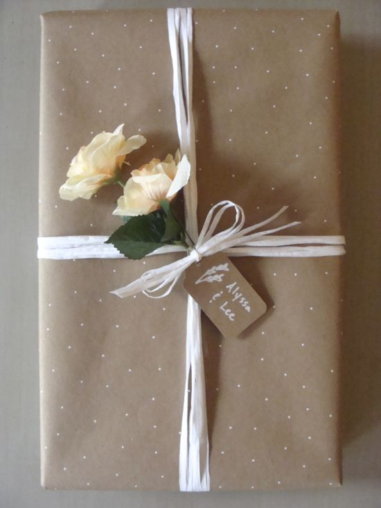 Something Ivory: DIY Gift Wrapping