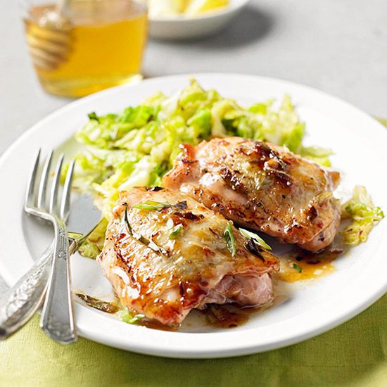 I want a plate of these zesty, fabulous Lemon Ginger Chicken Thighs so much right now! :) #lemon #food #cooking #dinner #meals #chicken #meat