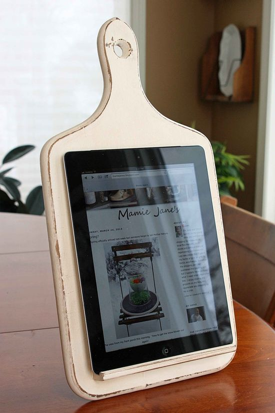 Kitchen Tablet Holder from a cutting board, scrabble tile holder and building block.