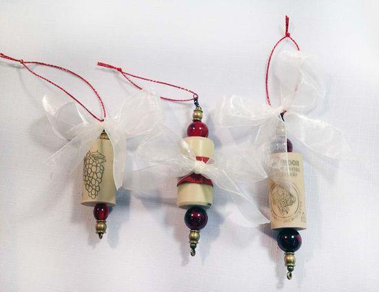 Wine cork ornaments diy gift ideas