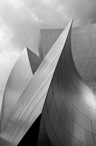 Frank O. Gehry - Walt Disney concert hall
