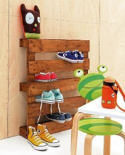 Recycled Pallet Shoe Racks