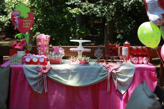 Beautiful Strawberry Shortcake birthday party!