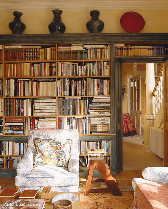 Cosy country house library designed by Sibyl Colefax & John Fowler Interior Design and Decoration
