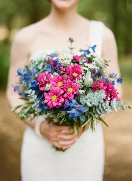colorful romantic bouquet ~ photography: jemmakeech.com // floral design: flowertalk.net.au