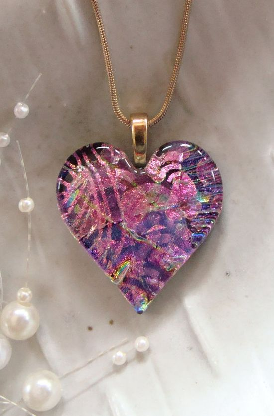 Pretty Heart Pendant, Glass Necklace!