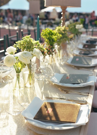 centerpieces // Photography: Liz Banfield Photography // Event Planner: Tara Guérard // TheKnot.com
