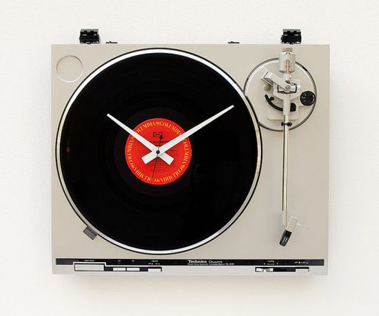 Recycled Technics Turntable Clock by pixelthis on Etsy, $147.00
