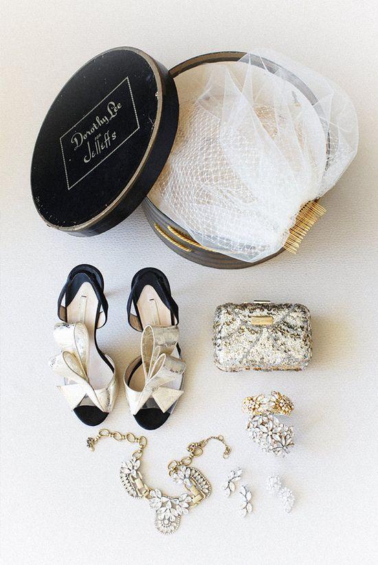 black + gold wedding accessories