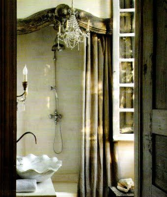 Love the cornice over the shower